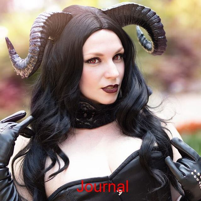 Sexy Demon Cosplay